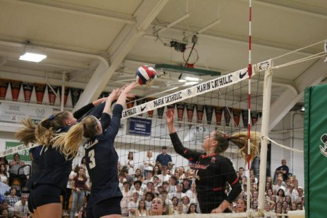 Girls' varsity volleyball team sets winning streak during Labor Day weekend tournament