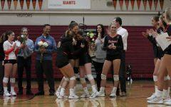 Girls' volleyball shut down Pirates during celebratory Senior Night game