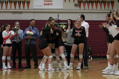 Girls' volleyball shut down Pirates during celebratory Senior Night game
