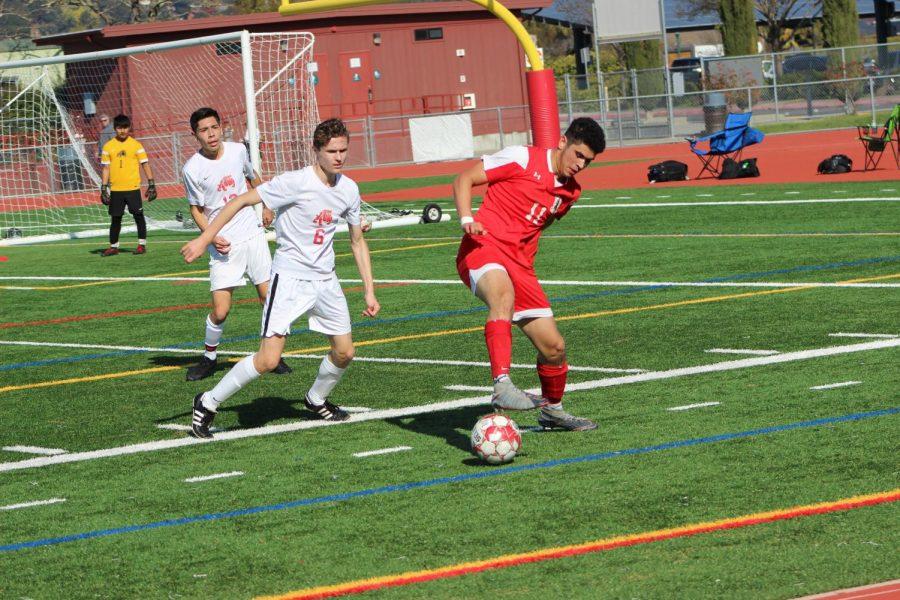 Boys' varsity soccer stampedes over San Rafael in senior game