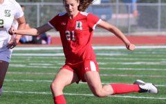 Varsity girls' soccer scores a 2021 season